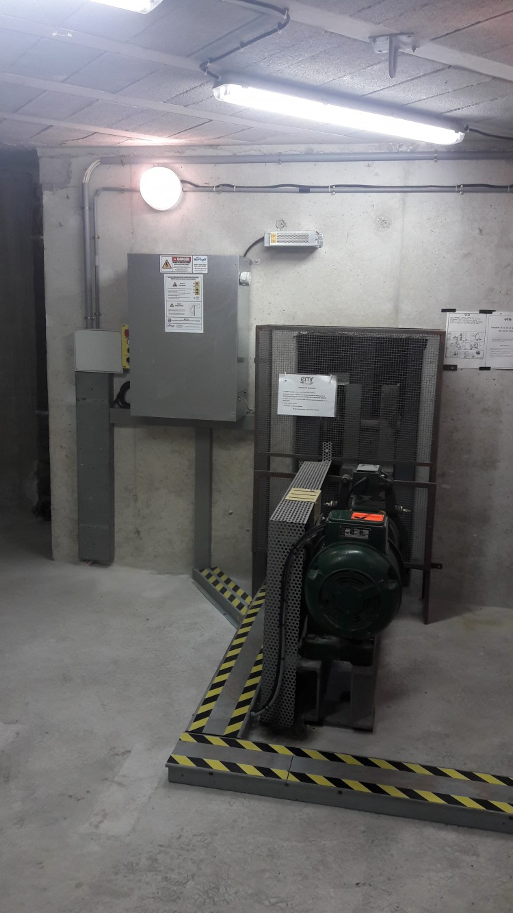 image-Ascenseur travaux de modernisation-1